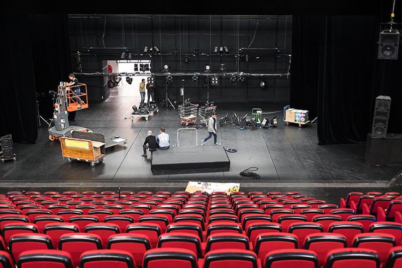 Grande salle de spectacle du Centre Georges Pompidou.