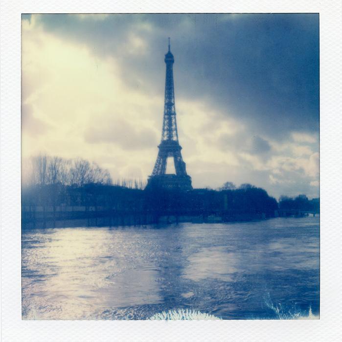 PARIS-POLA