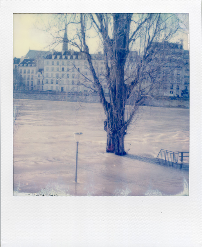 HL_VMERLE_Polaroid_Paris-02