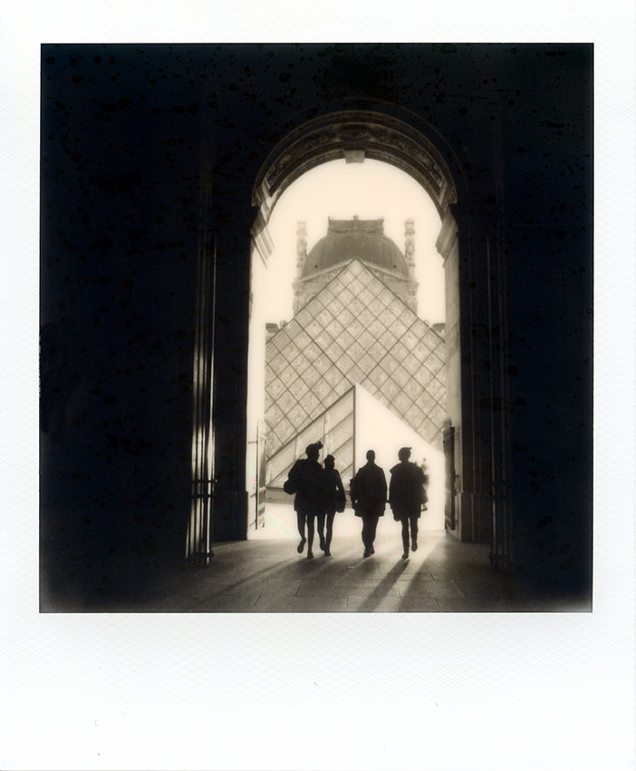 HL_VMERLE_Polaroid_Paris-22